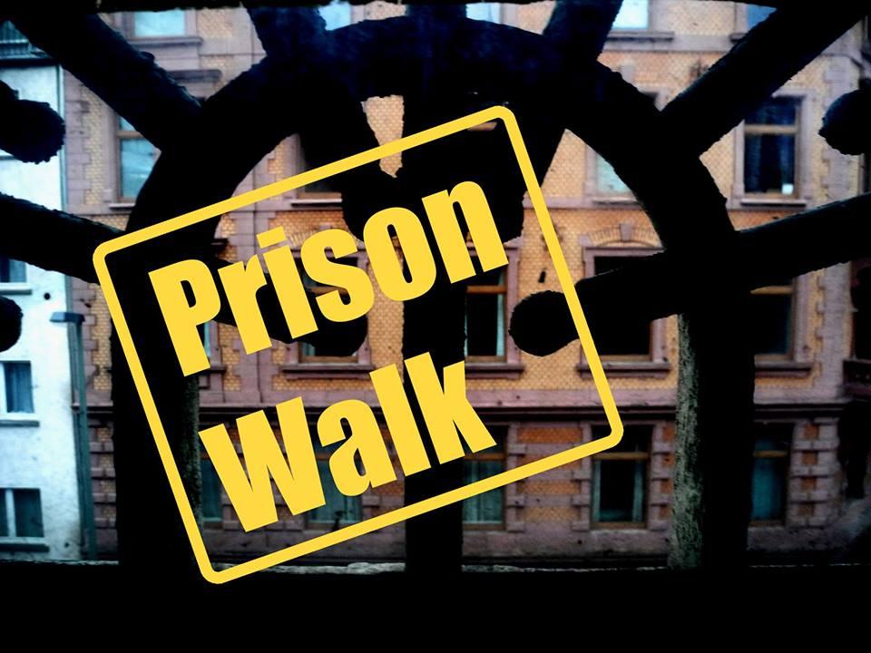 Prison Walk CLUBbleu Klapperfeld Profi Kollektiv